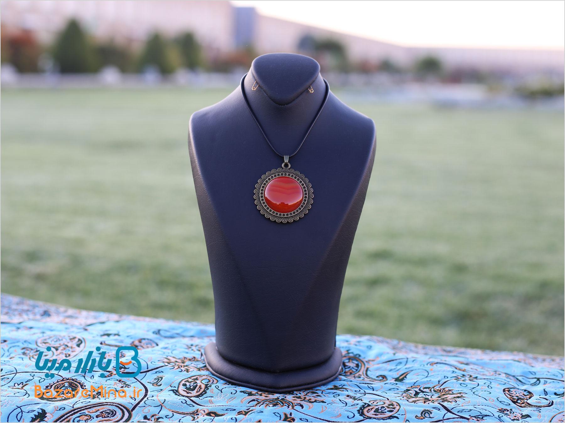 زیورآلات رزینی دست ساز ایرانی